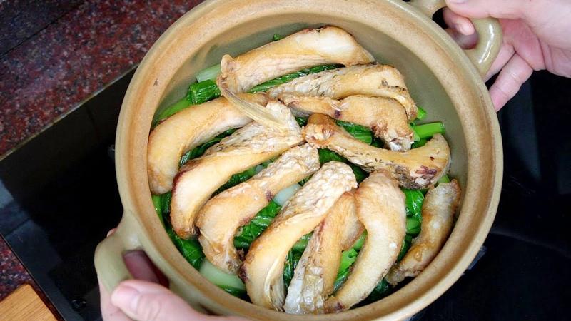 魚腩好吃有訣竅,教妳壹道美味的魚腩春菜煲,做法簡單營養又便宜【我是馬小壞】