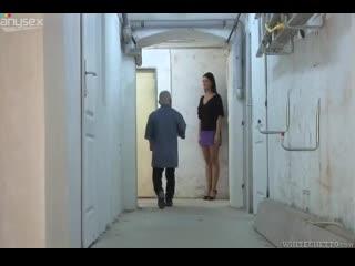 высокая девушка и низкий мужчина минет куни
