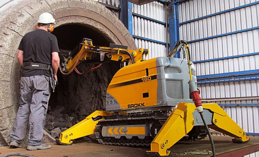 Применение роботов Брокк в цементной промышленности