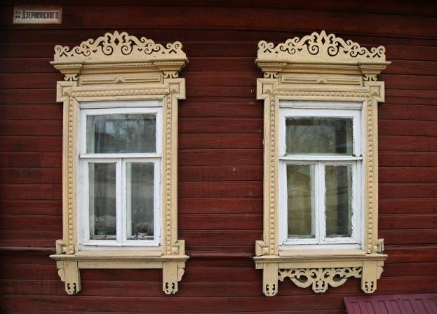 Один из домов на улице Дзержинского