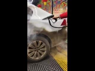 Паровой очиститель для чистки кузова авто