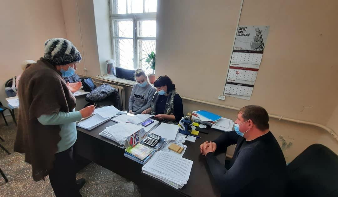 Директор МУПа «Петровское жилищно-коммунальное хозяйство» Дмитрий Жихарев провёл личный приём