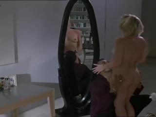Nicollette Sheridan  nackt