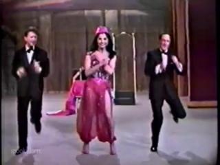 Donald OConnor, Carol Lawrence e Gene Kelly