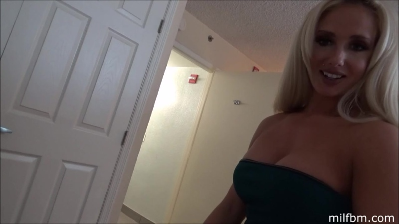 Family Therapy, Olivia Fox Moms Strange Dream Incest, MILF, Mom, Mother, Mommy, Son, Blonde, Cumshot,