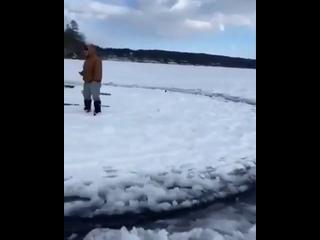 Ледяной диск или о зимних развлечениях в России