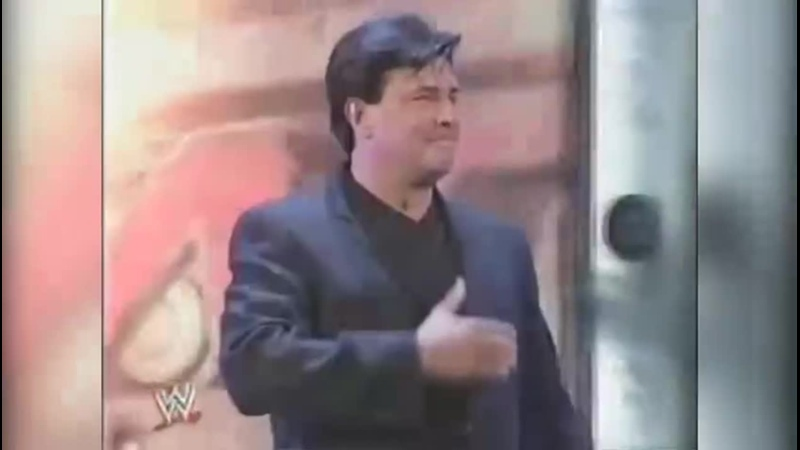 Eric Bischoff debuts as WWE RAW general manager (with original ACDC Back In Black theme)