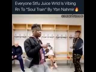 """Juice WRLD vibin on """"Soul Train"""" by YBN Nahmir"""