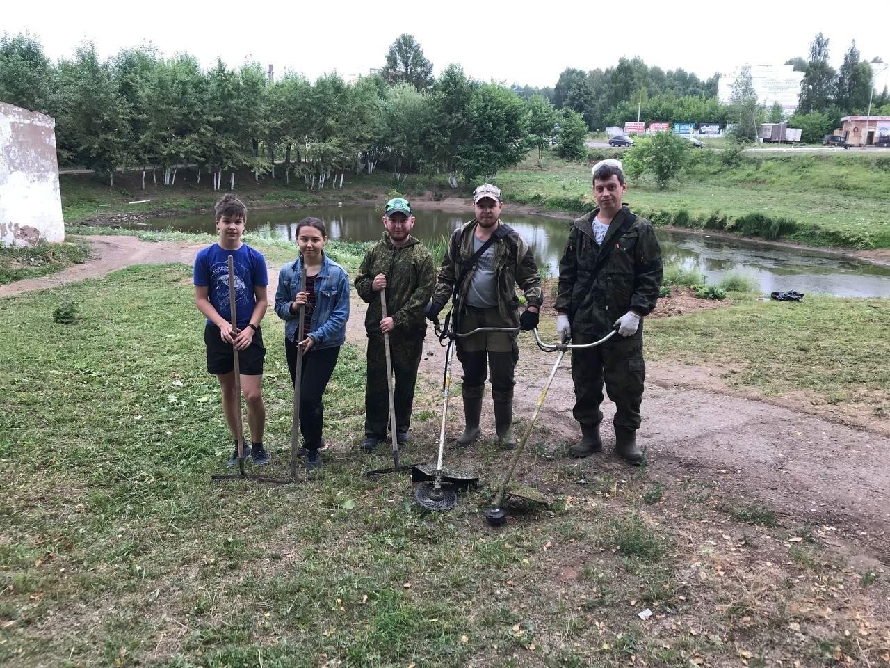 Территорию Шиловского пруда привели в порядокВчера волонтеры