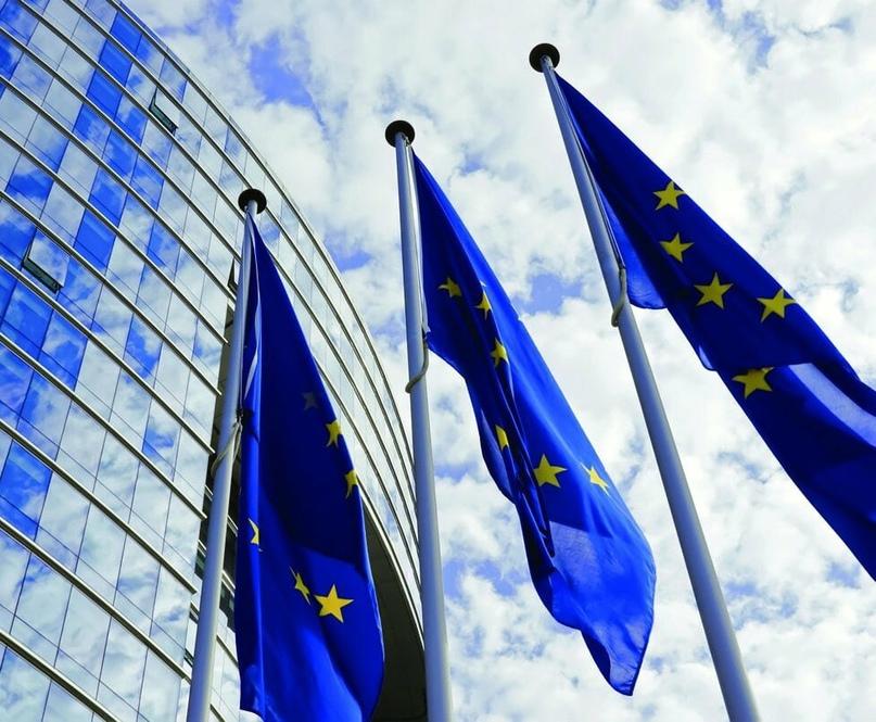 Пять банков, деревообработка и Белтелеком могут попасть в пятый пакет санкций ЕС — СМИ
