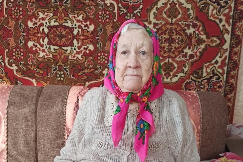 Сегодня 90-летний юбилей отмечает труженица тыла из села 1-я Берёзовка Петровского района Антонина Петровна СЫСУЕВА