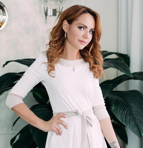 Директор певицы Максим о сравнении ее с Юлией Началовой: «Не надо сравнивать случай Марины с тем, что было у Юлии Началовой!» Ну да, дигнозы-то разные, сравнивать