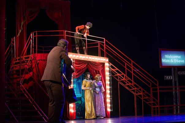 Состоялась премьера комедии «Примадонны» К.Людвига    5 марта Краснодарский академический театр...
