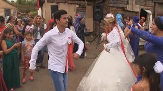 ЦЫГАН Жених С Невестой ЗАЖГЛИ ЛЕЗГИНКУ.Свадьба 1 часть