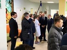 Владимир Путин осмотрел детскую поликлинику в Усмани