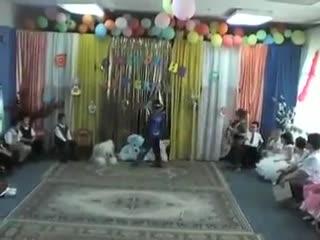 Утренник в детском саду...Индийские фильмы отдыхают!!