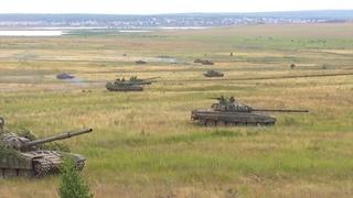 Российские танкисты провели учебный бой в Чебаркуле