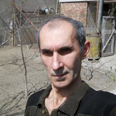 Ara Khachikyan, Tbilisi