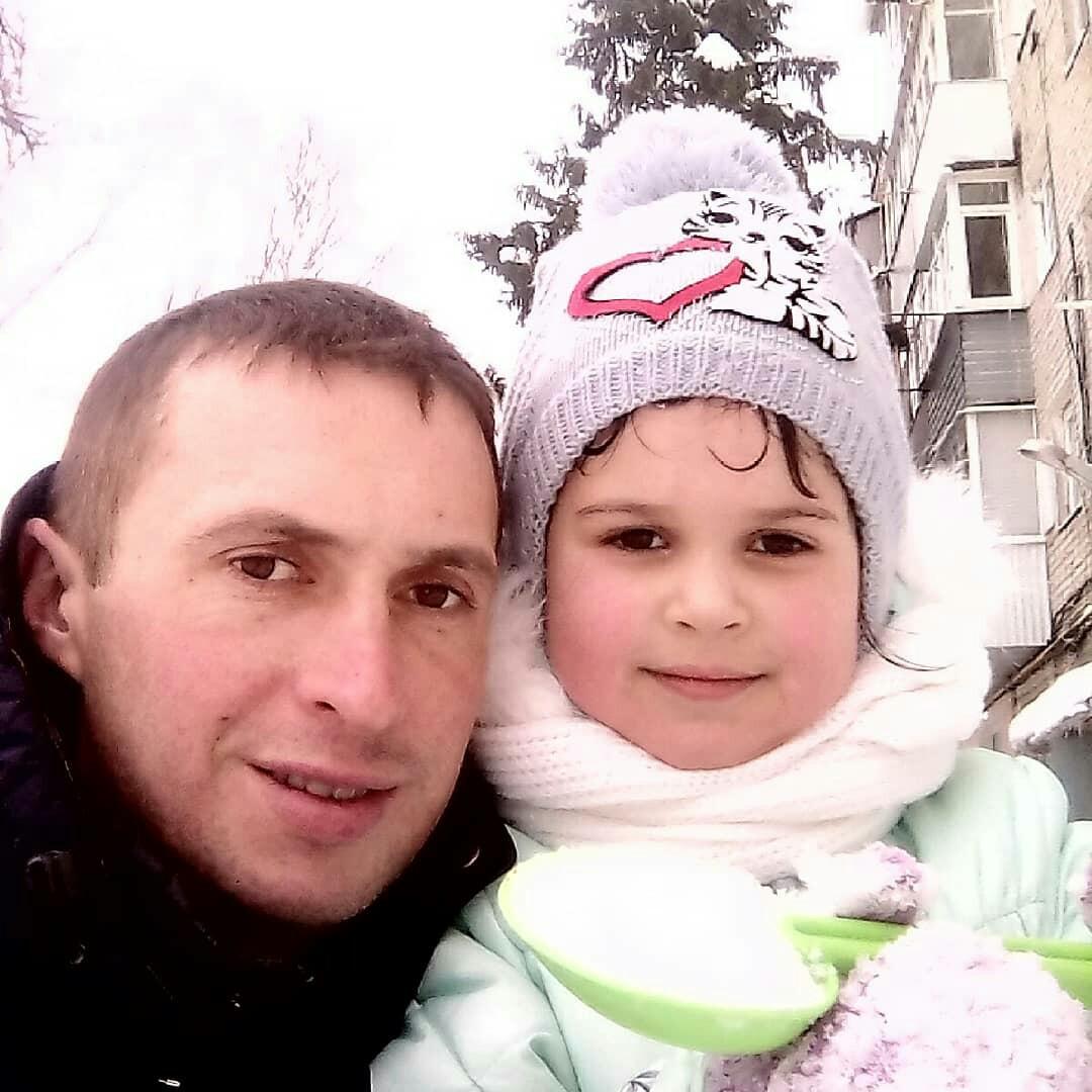Виктор, 33, Perevesinka