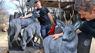 AMAZING CHAINSAW wood carving, DEERS of real size