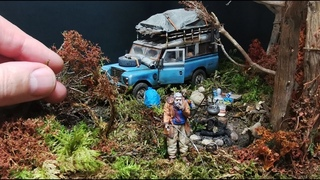 ON THE ROAD Endtime diorama scale 1:35 with Land Rover, grandfather and grandson in the woods