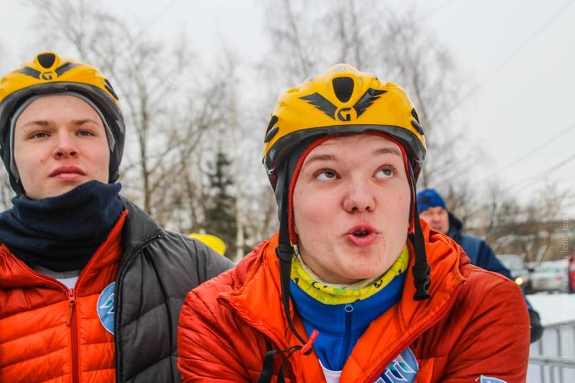 Главные отечественные ледолазные старты сезона финишировали в городе Кирове в минувшие выходные – чемпионат и первенство России по альпинизму. Всем было что доказывать и что терять…, изображение №115